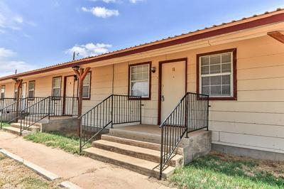 15 NINTH ST, Slaton, TX 79364 - Photo 1