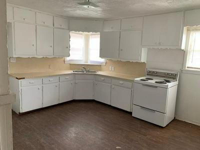 3416 24TH ST, Lubbock, TX 79410 - Photo 2