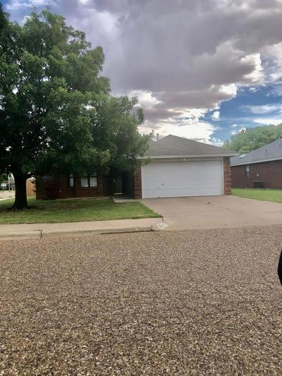 2201 94TH ST, Lubbock, TX 79423 - Photo 2