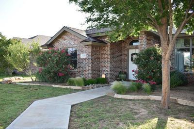 113 GARY AVE, Levelland, TX 79336 - Photo 2