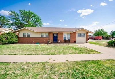 2619 W 19TH ST, Plainview, TX 79072 - Photo 1