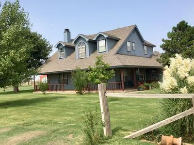 1810 COUNTY ROAD 135, Plainview, TX 79072 - Photo 2
