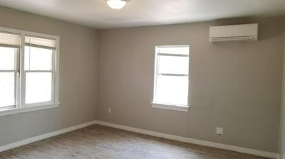 B 18TH STREET, Lubbock, TX 79401 - Photo 2