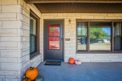 3501 33RD ST, Lubbock, TX 79410 - Photo 2