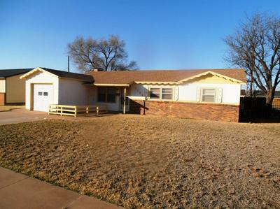 1104 W 29TH ST, Plainview, TX 79072 - Photo 2