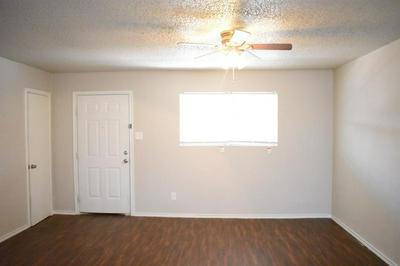 1606 21 ELKHART AVENUE, LUBBOCK, TX 79416 - Photo 1