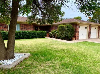 8426 FREMONT AVE, Lubbock, TX 79423 - Photo 2