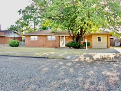 1003 S LONS ST, Brownfield, TX 79316 - Photo 1