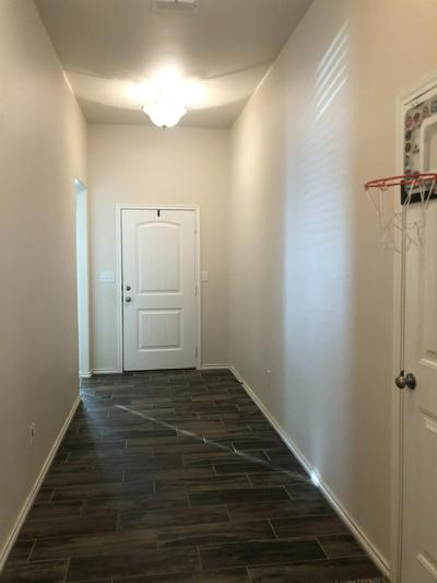 13613 AVENUE V, Lubbock, TX 79423 - Photo 2