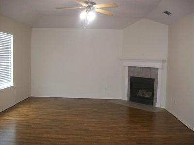 3206 109TH ST, LUBBOCK, TX 79423 - Photo 2