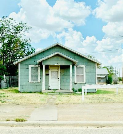 1211 EL PASO ST, Plainview, TX 79072 - Photo 1