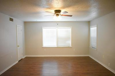 4 AVE Y, Lubbock, TX 79401 - Photo 2