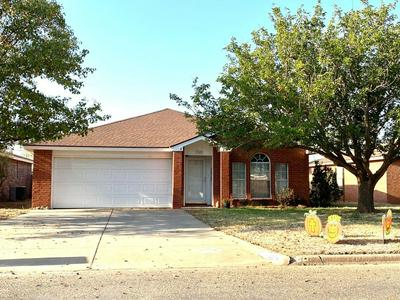 3903 STEVENS ST, Plainview, TX 79072 - Photo 1