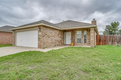3404 OAKRIDGE AVE, Lubbock, TX 79407 - Photo 2