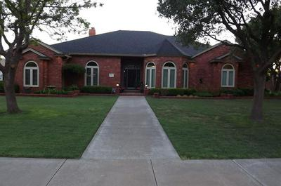 1411 8TH ST, SHALLOWATER, TX 79363 - Photo 2
