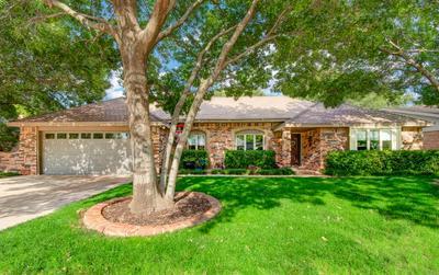 9707 LOUISVILLE AVE, Lubbock, TX 79423 - Photo 2