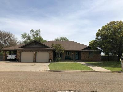 507 MESA DR, Plainview, TX 79072 - Photo 1