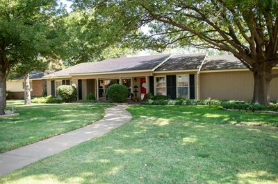 1100 HOLLIDAY ST, Plainview, TX 79072 - Photo 1