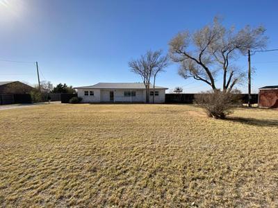 850 COUNTY ROAD R, Plainview, TX 79072 - Photo 1