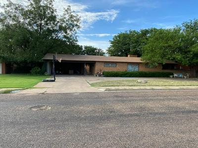 1616 E CARDWELL ST, Brownfield, TX 79316 - Photo 2