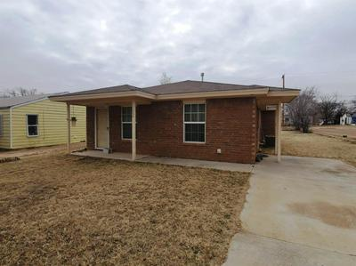 1004 W 5TH ST, Littlefield, TX 79339 - Photo 2