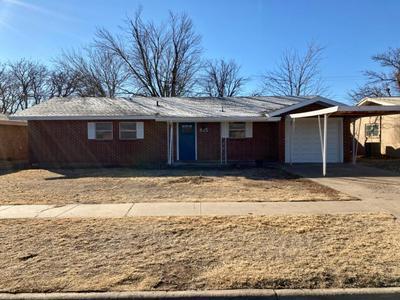 815 CEDAR ST, Floydada, TX 79235 - Photo 1