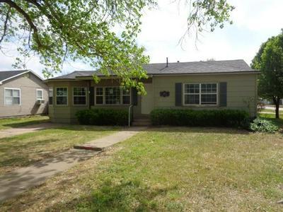 400 XENIA ST, Plainview, TX 79072 - Photo 1