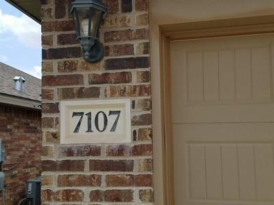 7107 94TH ST, Lubbock, TX 79424 - Photo 2