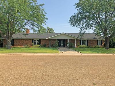 1103 4TH ST, Plains, TX 79355 - Photo 2