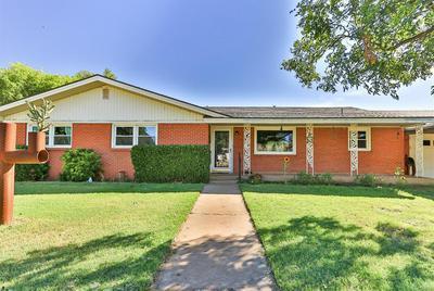 105 WALNUT ST, Ropesville, TX 79358 - Photo 2