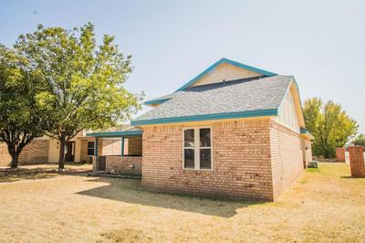 2325 92ND ST, Lubbock, TX 79423 - Photo 2