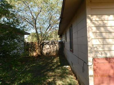 309 JUANITA ST, Plainview, TX 79072 - Photo 2