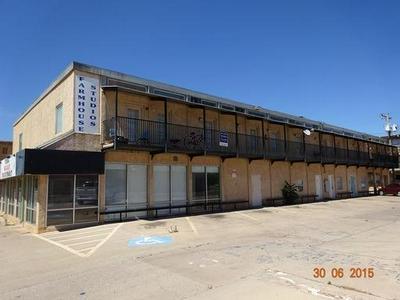 1619 8 UNIVERSITY AVENUE, Lubbock, TX 79401 - Photo 1