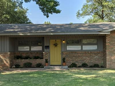2718 55TH ST, Lubbock, TX 79413 - Photo 1