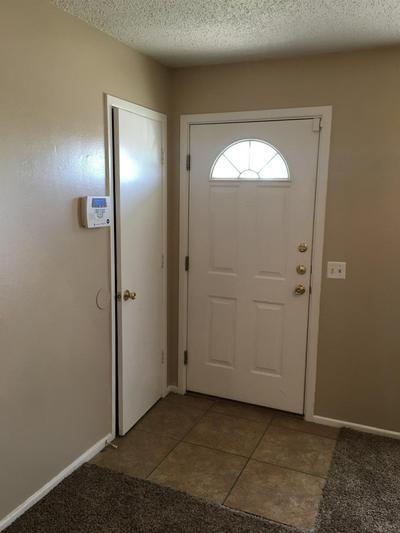 1316 W 32ND ST, Plainview, TX 79072 - Photo 1