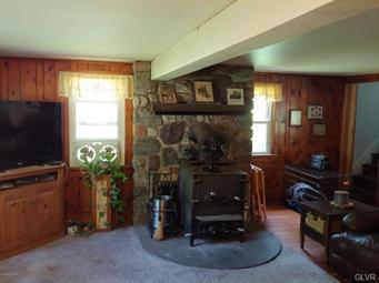 376 SAND SPRING RD, Barrett Twp, PA 18326 - Photo 2