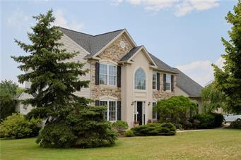1112 LINDEN HOLLOW LN, Upper Macungie Twp, PA 18069 - Photo 2