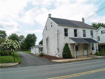 122 N WALNUT ST, Macungie Borough, PA 18062 - Photo 1
