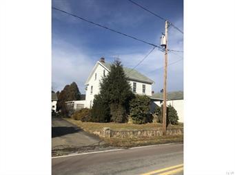 2278 MAHONING DR W, Mahoning Township, PA 18235 - Photo 2