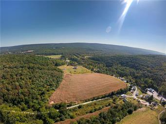23 OVERLOOK DR, Schuylkill County, PA 17960 - Photo 2