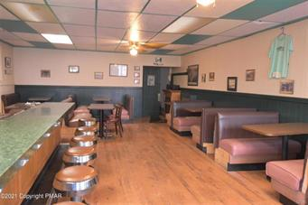 506 CENTER ST, Jim Thorpe Borough, PA 18229 - Photo 2
