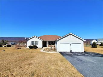3190 APPLE BUTTER RD, Moore Twp, PA 18038 - Photo 2