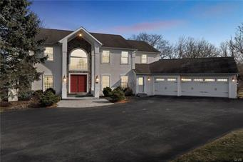 2877 WILSHIRE CT, Lowhill Twp, PA 18069 - Photo 1