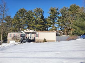 290 MANOR DR, Lower Towamensing Tp, PA 18071 - Photo 2