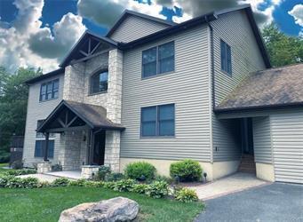 4637 BUCK LN, Polk Twp, PA 18058 - Photo 2