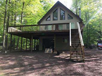 124 MOHICAN TRL, Tobyhanna Twp, PA 18347 - Photo 1