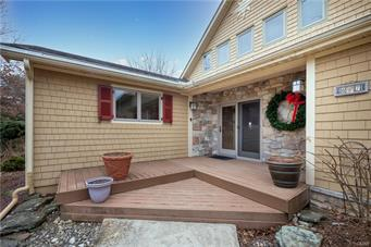697 SNOWHILL RD, Allen Twp, PA 18067 - Photo 2