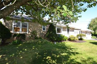 601 GROUSE DR, Moore Twp, PA 18014 - Photo 1