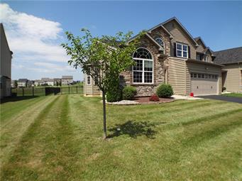 1176 MONARCH LN, Upper Macungie Twp, PA 18031 - Photo 2