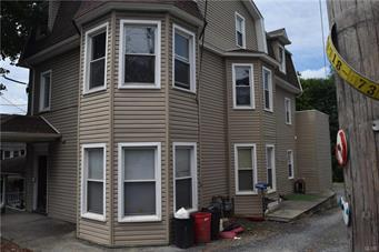 38 W CENTRAL AVE, East Bangor Borough, PA 18013 - Photo 2